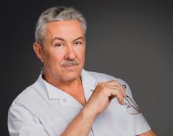 Интервью Николая Ивановича Бякова о профессии пластического хирурга
